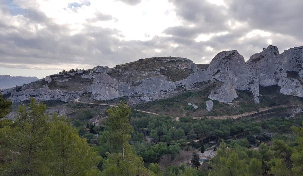 Panorama sur les falaises d'Orgon